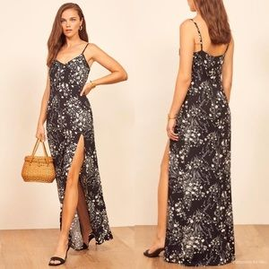 NWOT Reformation Harlowe V-Neck Maxi Dress